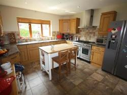 Detached House To Let  Leamington Spa Warwickshire CV32
