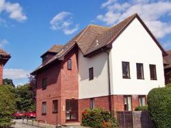 Flat To Let  Leatherhead Surrey KT23