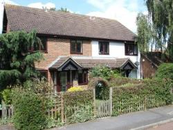 Terraced House To Let  Leatherhead Surrey KT23