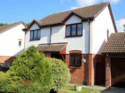 Semi Detached House To Let  Fetcham Surrey KT22