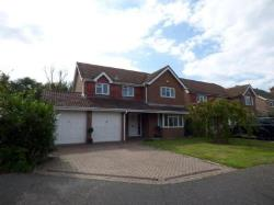 Detached House To Let  Littlehampton West Sussex BN16
