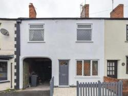 Terraced House To Let  Derby Road Greater Manchester M41