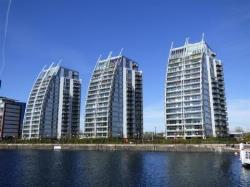 Flat For Sale  Salford Quays Greater Manchester M5