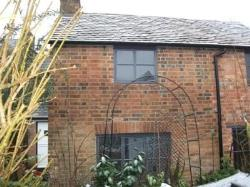 Detached House To Let  Stony Stratford Buckinghamshire MK11
