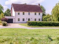 Detached House To Let  Old Buckenham Norfolk NR17