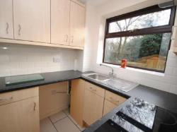 Terraced House To Let  Loughborough Leicestershire LE11