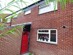 Terraced House To Let  Redditch Worcestershire B98
