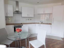 Flat To Let  Redditch Worcestershire B98