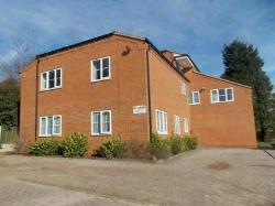 Flat To Let  Winyates West Warwickshire B98