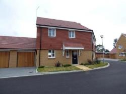 Semi Detached House To Let  Littlehampton West Sussex BN16