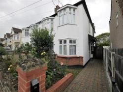 Flat For Sale  Southend-On-Sea Essex SS0