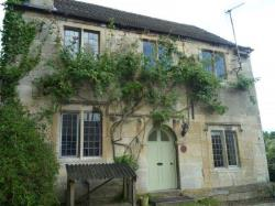 Detached House To Let  Thrupp Gloucestershire GL5