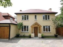 Detached House For Sale  Addlestone Surrey KT15