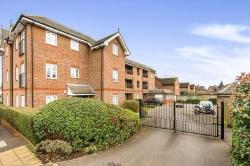 Flat To Let  Cobham Surrey KT11