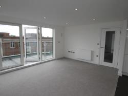 Flat To Let  Staines-Upon-Thames Berkshire TW19