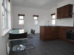 Flat For Sale  Woking Surrey GU24