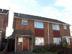 Semi Detached House To Let  Knaphill Surrey GU21