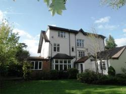 Flat To Let  Highfield Road Worcestershire B61