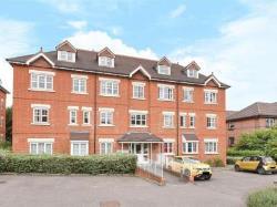 Flat For Sale  Woking Surrey GU22