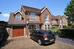 Detached House To Let  Bexley Kent DA5