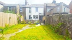 Semi Detached House To Let  Bexleyheath Kent DA7