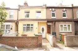 Terraced House To Let  Erith Kent DA8