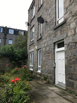 Flat To Let  Gilcomston Aberdeenshire AB25