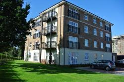 Flat To Let  Merrill House Hampshire GU14