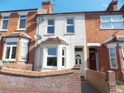 Terraced House To Let  Aldershot Surrey GU12