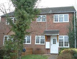 Terraced House To Let  Aldershot Hampshire GU11