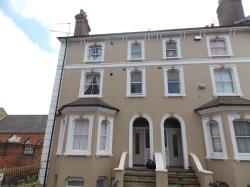 Flat To Let  Aldershot Hampshire GU11