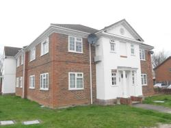 Flat To Let  Ash Surrey GU12