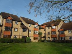 Flat To Let  Ryde Court Surrey GU12