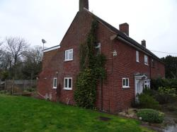 Semi Detached House To Let  Etwall Wiltshire SP11