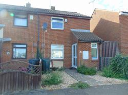 Semi Detached House To Let  Ashford Kent TN23