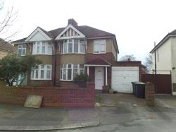 Semi Detached House To Let  Bedford Bedfordshire MK42