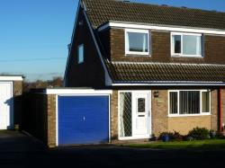 Semi Detached House To Let  Macclesfield Cheshire SK10
