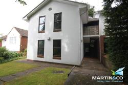 Flat To Let  Old Church Road West Midlands B17