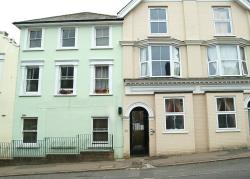 Flat To Let  Boltro Road West Sussex RH16