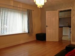Flat To Let  Rumney Gwent CF3