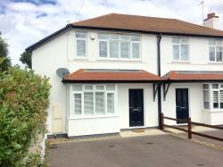 Semi Detached House To Let  Whyteleafe Surrey CR3