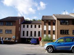 Flat To Let  Caterham Surrey CR3