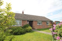 Detached Bungalow To Let  Chelmsford Essex CM3