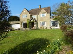 Detached House To Let  Cranham Gloucestershire GL6
