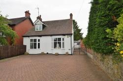 Detached Bungalow For Sale  Chesterfield Derbyshire S40
