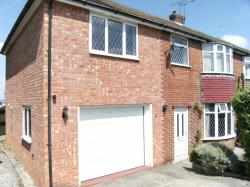 Semi Detached House To Let  David`s Drive Derbyshire S42