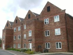 Flat To Let  Henshall House Derbyshire S41