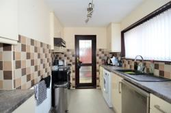 Detached House To Let  Brimington Derbyshire S43