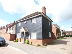 Detached House To Let  Eltham Close Essex CO2
