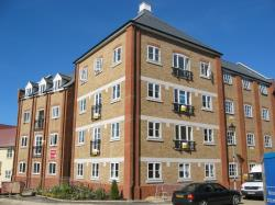 Flat To Let  Hythe Essex CO2